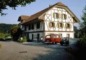 Alte Schulhaus Strasse 2